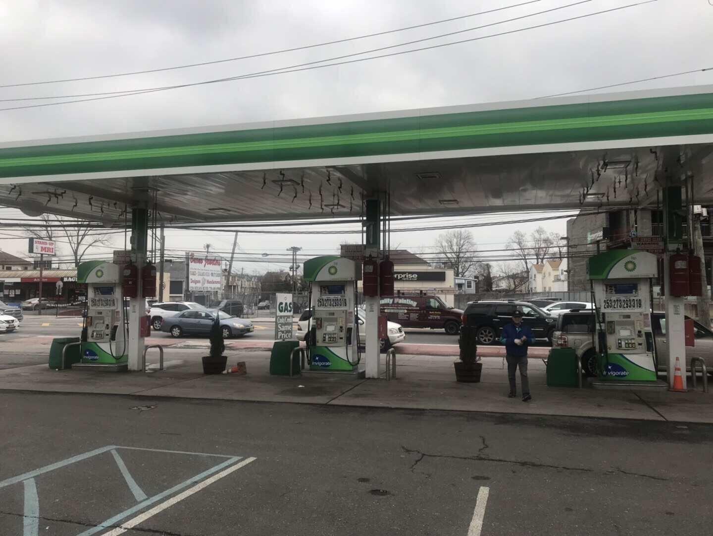 (超潜力全新)史登岛Hylan Blvd 加油站出售