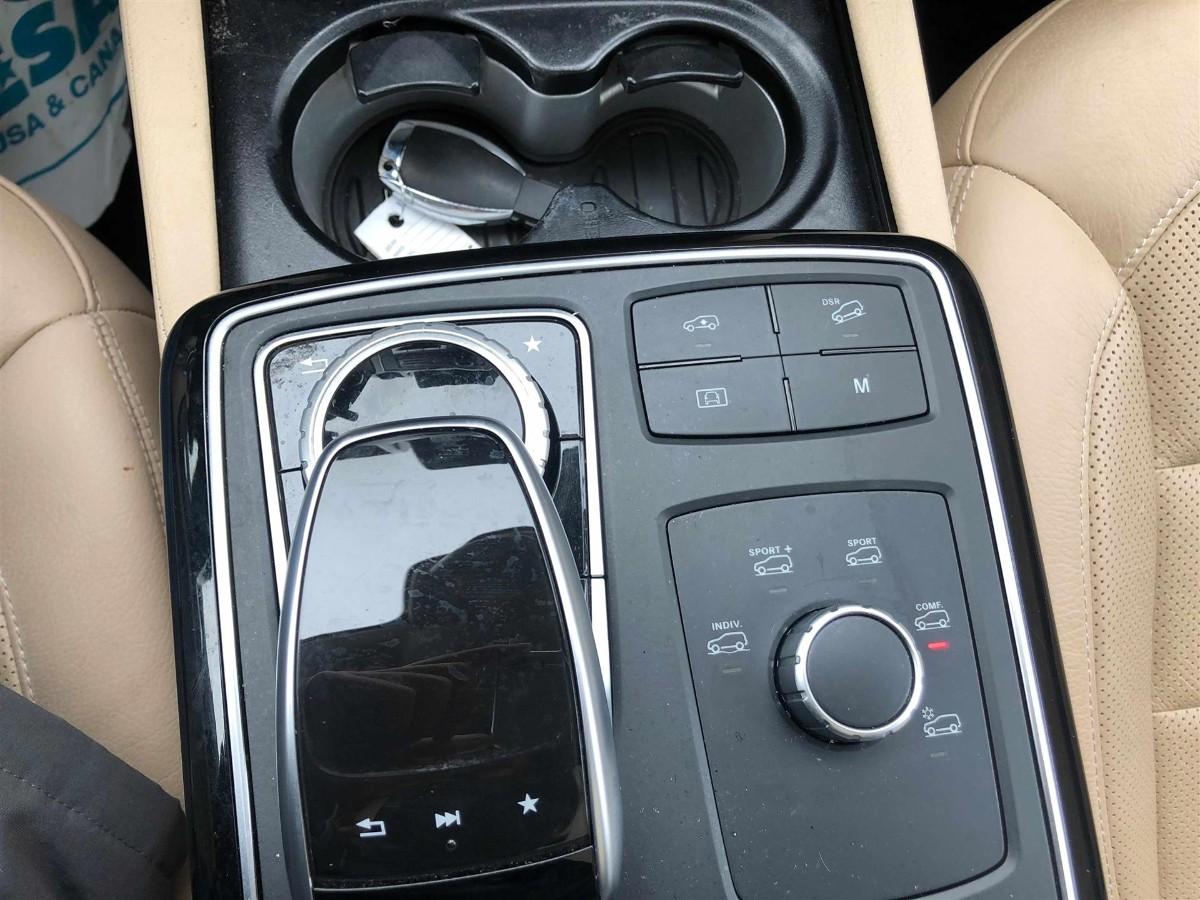 2017 mecedes Benz GLE 43 AMG 运动版, 只开了32000 miles , 一首车主 无事故