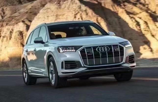 2021 年 AudiQ7 ,7人座豪华SUV 租车,买车,优惠活动火热进行中,欢迎咨询