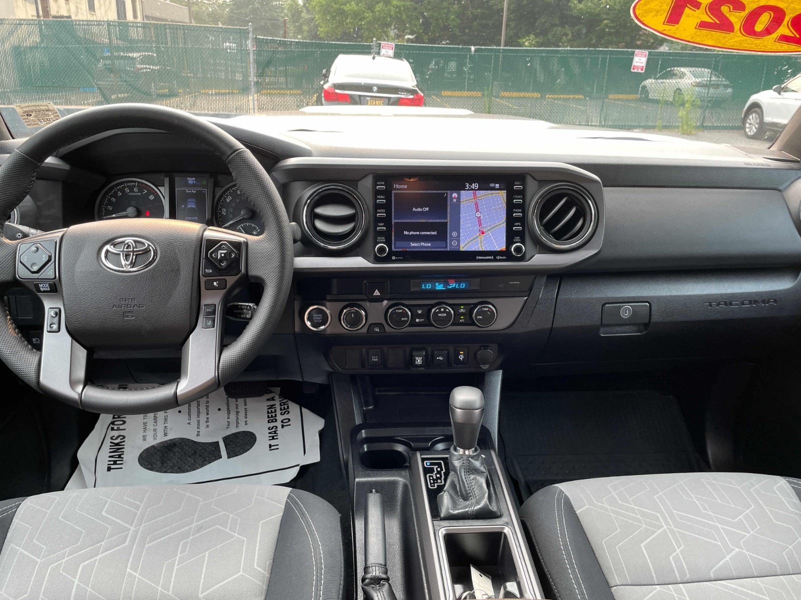 2021 Toyota Tacoma SR5 TRD SPORT 只开了8300 miles 超级 保值的一款皮卡车 而且还是double cab
